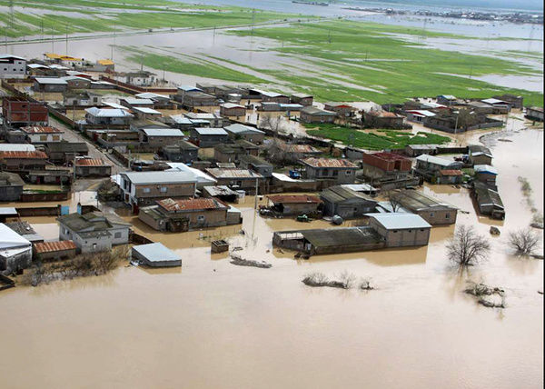 آغاز ساخت خانه در مناطق سیل زده گلستان