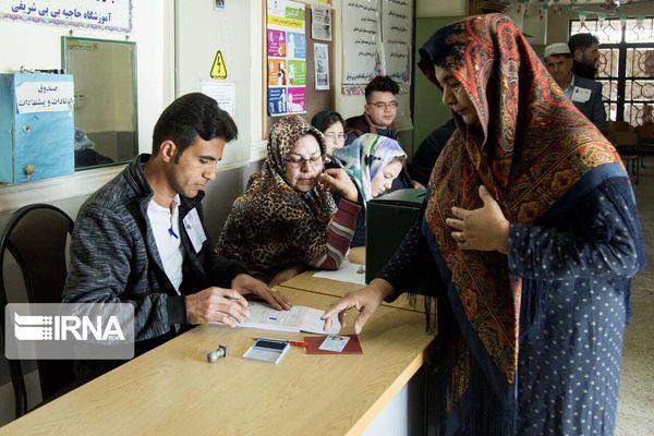 حضور گسترده مردم در انتخابات، قدرت نظام را افزایش میدهد