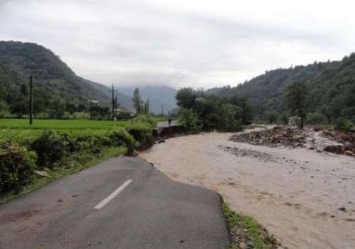 احتمال وقوع سیلاب ناگهانی در مناطق کوهستانی
