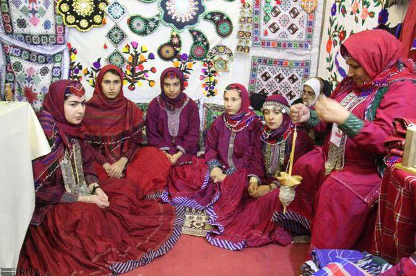 فروش ۵ میلیارد ریالی صنایع دستی در جشنواره اقوام گنبدکاووس