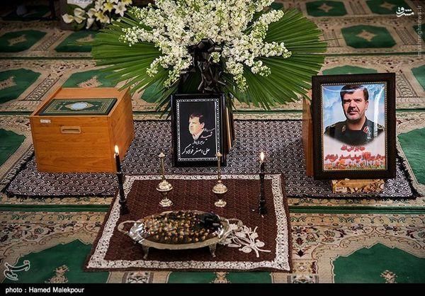 مراسم ترحیم سردار فولادگر از جانباختگان فاجعه منا+تصاویر