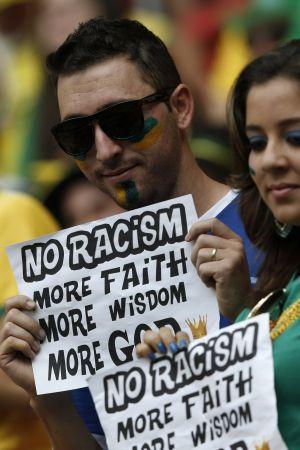 شکست فیفا در مقابله با نژادپرستی در جام جهانی برزیل