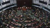 فیلم/ کتککاری در پارلمان هنگکنگ!