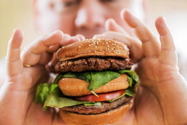 این غذاها عمرتان را کوتاه میکنند
