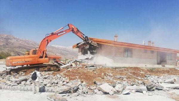 تخریب ویلای غیرمجاز یکی از مسئولان شهری کلاله