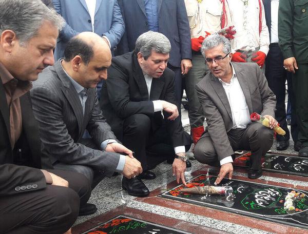 ادای احترام سرپرست وزارت آموزش و پرورش به شهدای گرگان