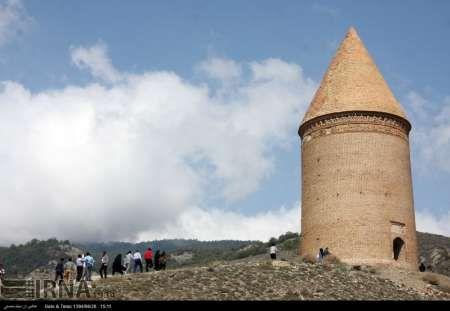 عملیات مرمت «برج رادکان» کردکوی با حساسیت بالا در حال اجرا است