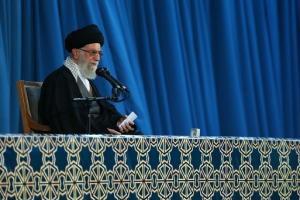 رهبر انقلاب :رفع تحریمها باید بلافاصله بعد از توافق انجام شود