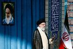 رهبر معظم انقلاب در خطبههای نماز عید فطر: سیاست ایران در مقابل دولت مستکبر آمریکا هیچ تغییری نخواهد کرد