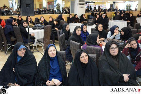 برگزاری مراسم تجلیل از پذیرفته شدگان کنکور ۹۵ در کردکوی+تصاویر