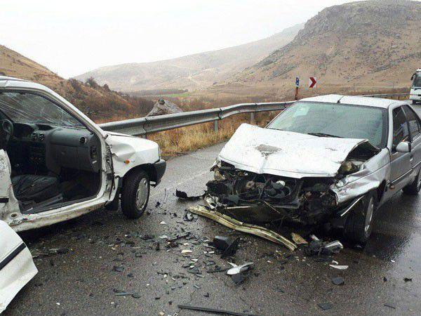 برخورد دو خودرو در محور یساقی به بندرترکمن 8 نفر مصدوم شدند