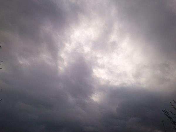 باران همچنان مهمان گلستان/ دریا مواج میشود