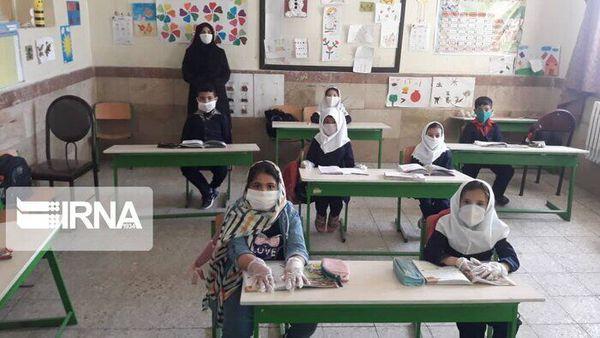 ۹۵ درصد دانشآموزان روستایی مراوهتپه در کلاس درس حاضر میشوند