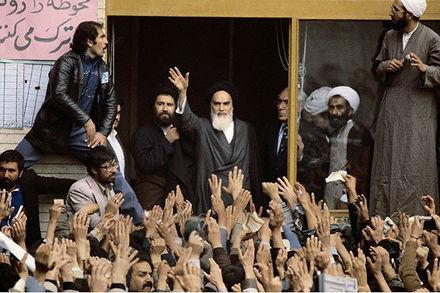 روزشمار انقلاب اسلامی: 13 بهمن 1357