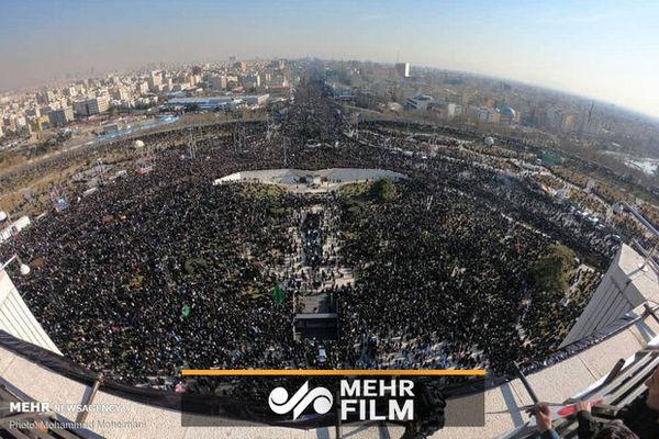 تهرانیها نگین «سلیمانی» را بدرقه کردند