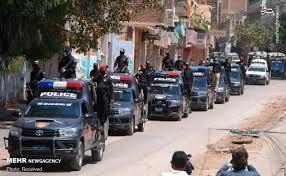 فیلم/ برخورد خشن پلیس با پزشکان معترض