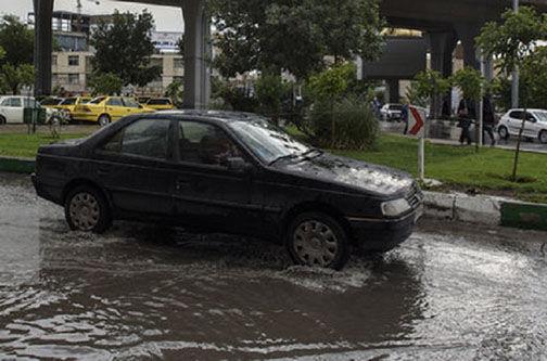 ورود سامانه سرد و بارشی به گلستان /اختلال در تردد جاده ای و آبگرفتگی معابر