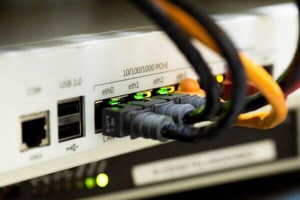 فیلم/ آیا اینترنت کشور توسط سازمان سیا تامین میشود؟