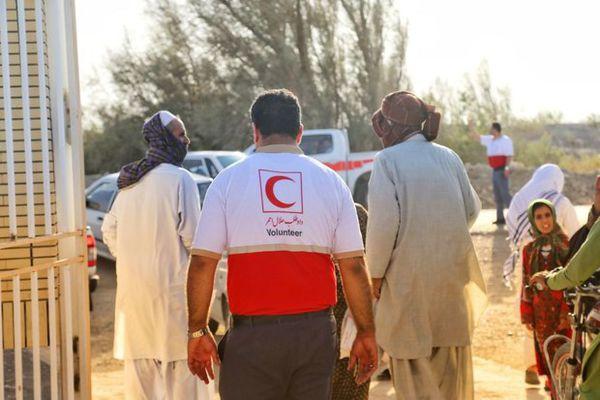 بهره مندی۱۳۰۰ سیستانی از خدمات درمانی کاروان هلال احمر گلستان