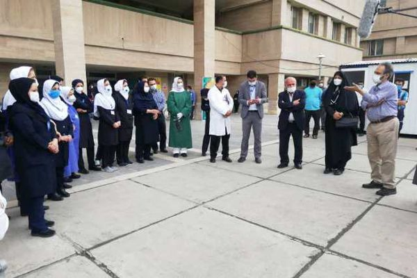 تجلیل داوران چهارمین جشنواره فیلم کوتاه طنین مسجد از مدافعان سلامت