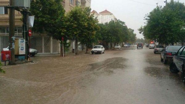 احتمال وقوع سیلاب ناگهانی در مناطق کوهستانی و شیبدار استان
