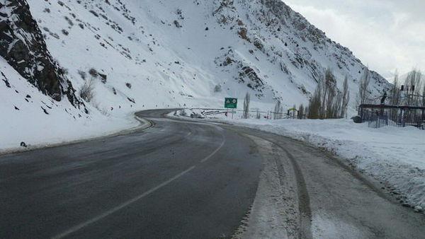 گردنه خوش ییلاق و جاده توسکستان بسته شد
