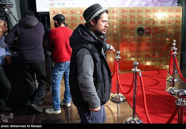 عکس/ تیپ علی صادقی در جشنواره فجر