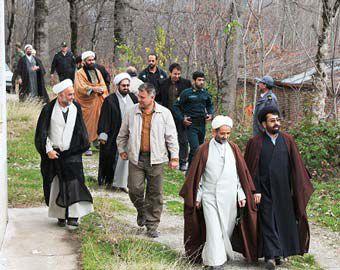 بازدید ترویجی روحانیون گلستان از طرح جنگلداری لوه + تصاویر