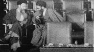 تصویری کمتر دیده شده از رهبر انقلاب در کنار شهید آیت الله بهشتی