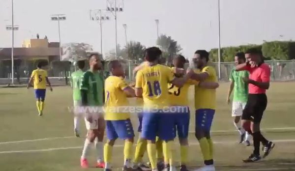 فیلم/ گلزنی بازیکن ۷۵ ساله در مصر