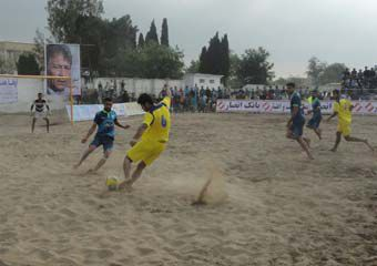عکس/ حضور زنان و دختران در ورزشگاه امام رضا(ع) بندرگز !