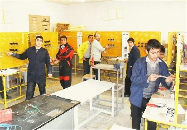 آموزشهای مهارتی به ۶۵۰۰ نفر از روستائیان استان ارائه شد