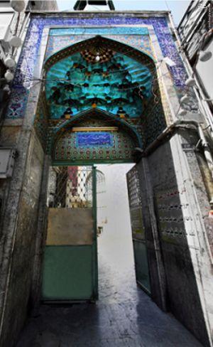 دشمن به دنبال دوری جوانان از مسجد است/ راه های جذب نوجوانان و جوانان به مسجد