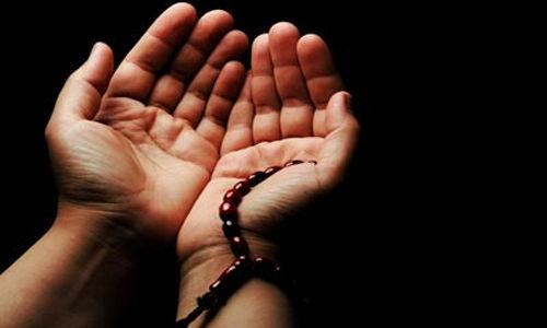 اهمیت دعا و مناجات هنگام بلایا/ یأس از تفکرات شیطانی است