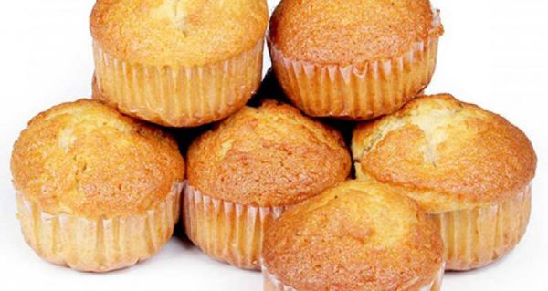 آموزش کیک یزدی توسط آقای سید مهدی حسینی در به خانه برمیگردیم