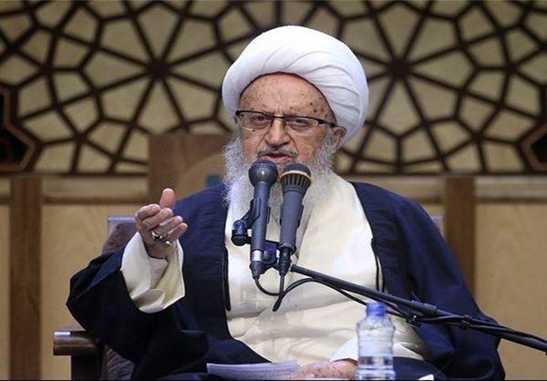 """آیتالله مکارم شیرازی: هنوز خبری از نقطه پایانی رسیدگی به""""حقوقهای نجومی"""" نیست"""