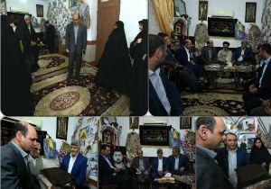 دیدار استاندار گلستان با خانواده شهدای مدافع حرم