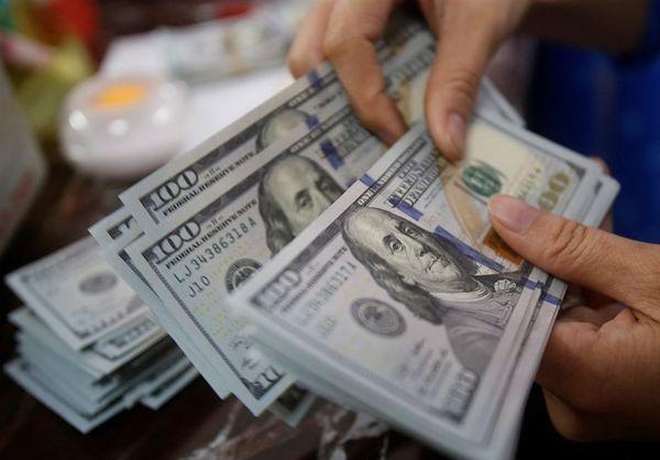 تعیین قیمت خرید دلار در شعب ارزی بانکها