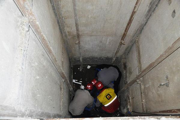پلمپ آسانسورهای غیراستاندارد