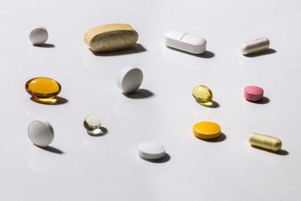 تحریم، علت برخی کمبودهای دارویی / به داروهای ایرانی اعتماد کنید