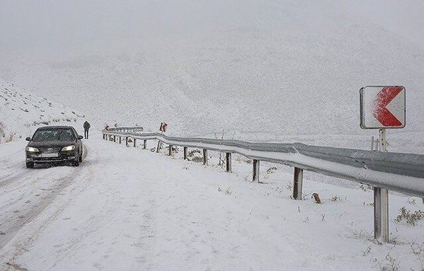 لزوم همراه داشتن تجهیزات زمستانی در جادههای کوهستانی گلستان