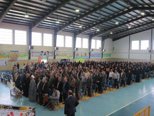 تصاویر همایش بزرگ تجلیل از مقام معلم در کردکوی