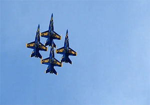 فیلم / هنرنمایی جنگندههای آمریکایی در آسمان ایالت جورجیا