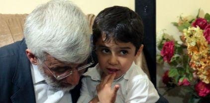 پدر شهید مدافع حرم با دکتر جلیلی
