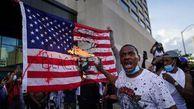 """فیلم/ واکنش مجری فاکسنیوز به شعار """"مرگ بر آمریکا"""""""