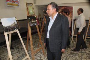نمایشگاه عکس با موضوع پیاده روی اربعین در دانشگاه علمی کاربردی گنبد برگزار شد