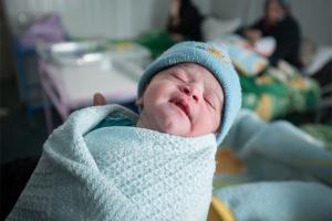 تولد نوزادان سوری در کمپ آوارگان + تصاویر