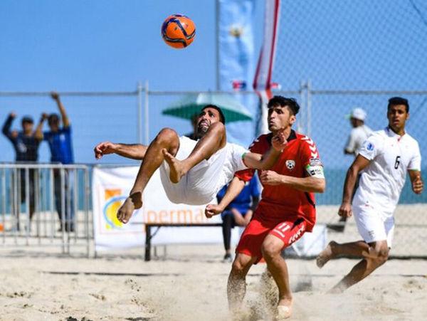 ورزشکار بندرگزی استان در اردوی تیم ملی فوتبال ساحلی ایران
