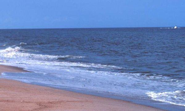 موافقت با انجام مطالعات برداشت آب از دریا در گلستان