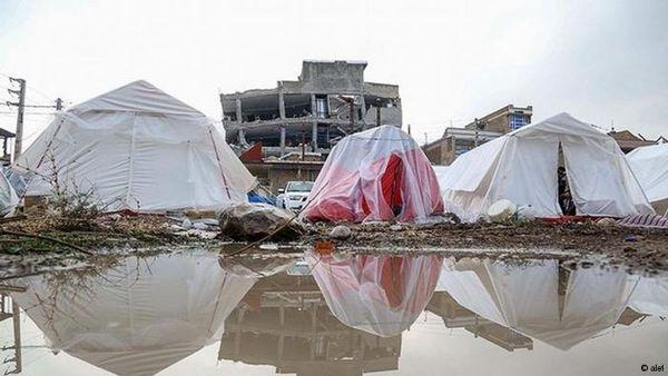 گزارش «علی دایی» از عملکردش در مناطق زلزلهزده +عکس